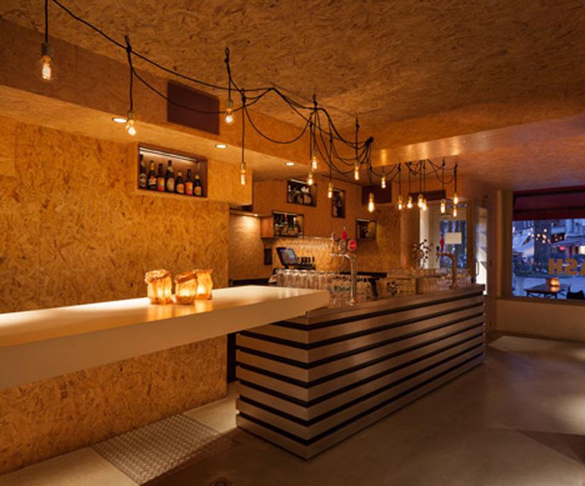 Voyeurdesign bar mash de msterdam aglomerado con encanto - Barras de bar iluminadas ...